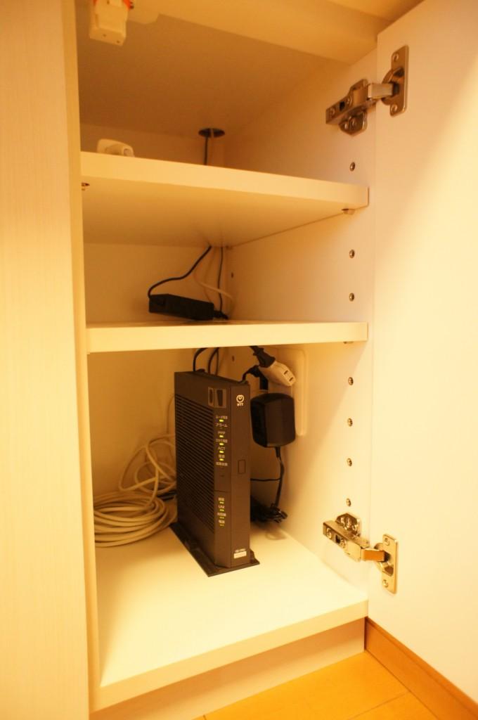 オーダー壁面収納家具 配線処理